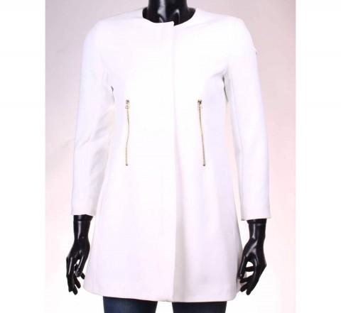 palton alb stradivarius