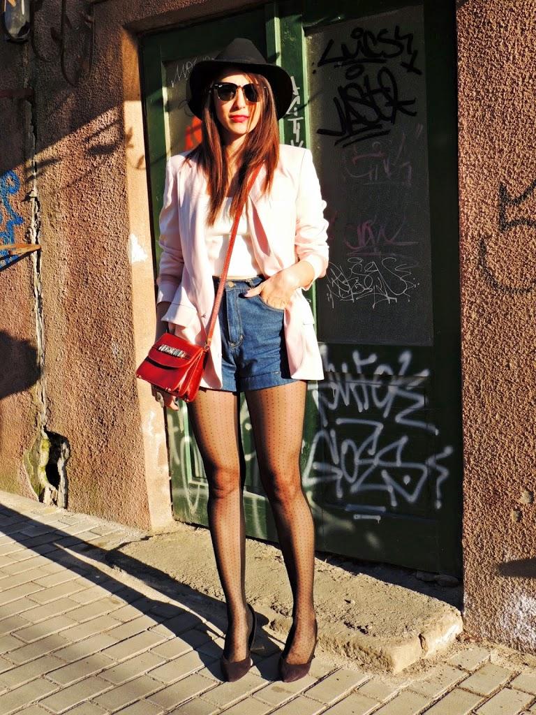 13 tinuta-blugi-scurti-blog-de-moda-primavara-2014-4