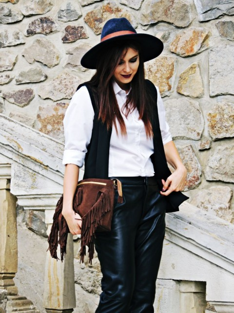 tinuta pantaloni piele Zara