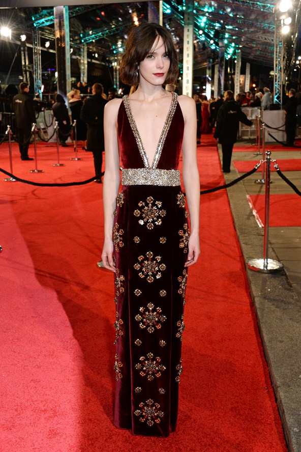 premiile BAFTA covorul rosu 2016 Stacy Martin