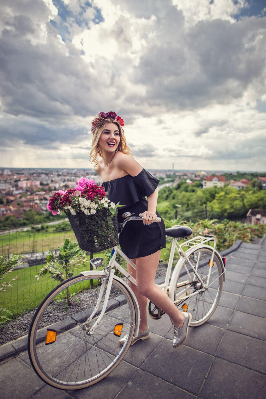 Iulia-Andrei-SkirtBike-2016-in-nuante-de-roz-12