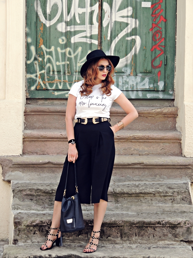 tinuta vara 2016 pantaloni culottes Zara si tricou alb UrbanGang